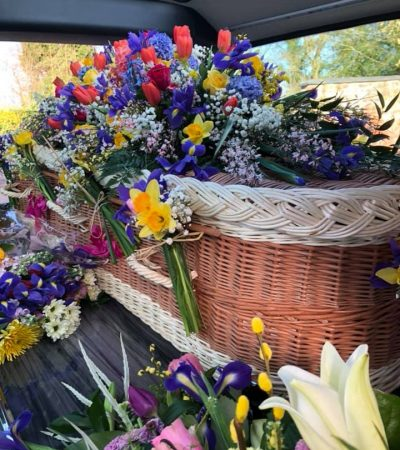 funeral-director-cheshire-three-shires-funeral-flowers-1